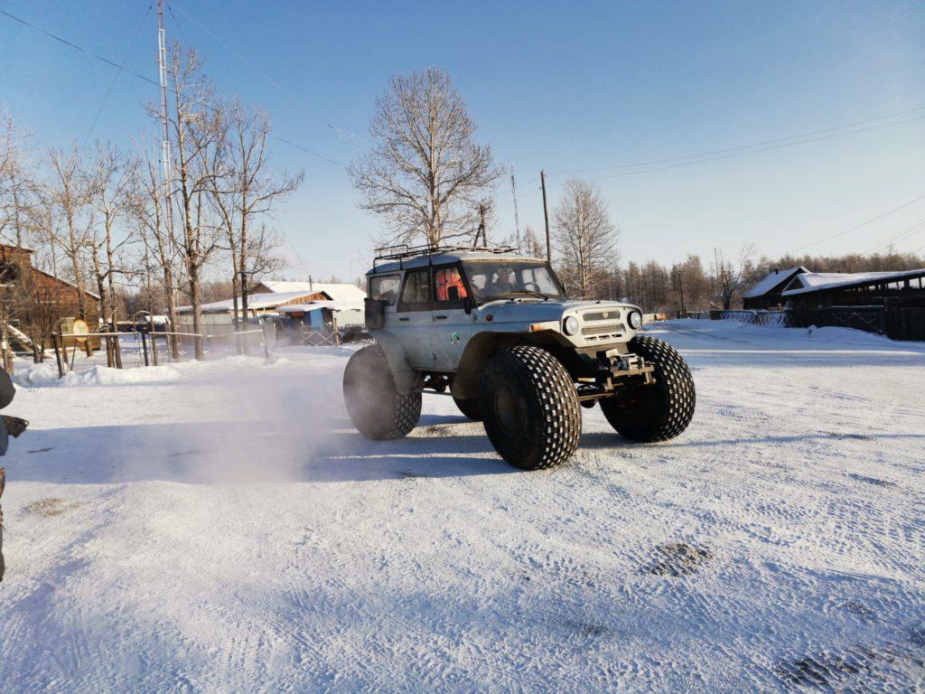 Специальный транспорт для съемок в труднодоступных местах в Сибири